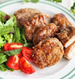 【レシピ・主菜】歯ごたえが美味しい♪まるごとレンコンの肉巻き