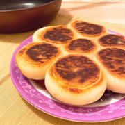 あのポンデちぎりパンを自宅で!フライパンで簡単&もちもちすぎるちぎりパン