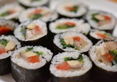 節分料理「恵方巻」「大豆ボール」