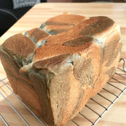 マーブル食パンでサンドイッチと5月のレッスン募集