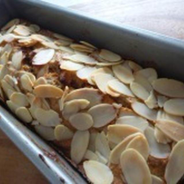 全粒粉であっさりしーっとりバナナケーキ(自分レシピ)