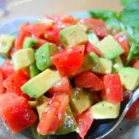 『トマト&アボカドサラダ』爽やかレモンハーブ味が一瞬で♪