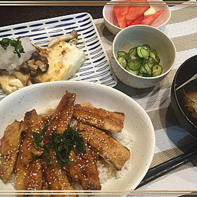 簡単お豆腐ステーキの自宅ご飯とおちびちゃんクッキー作り~♪