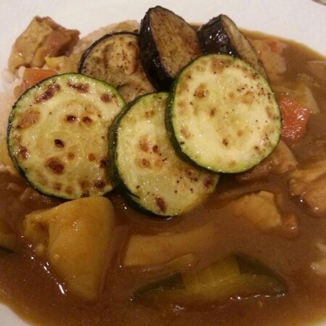 6種の野菜と鶏肉のカレー
