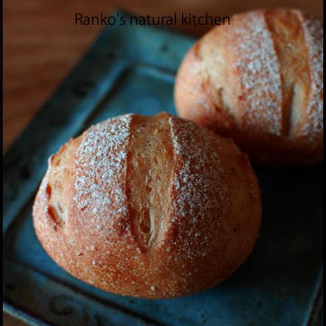 とかち小麦ヌーヴォーでレーズン酵母パン、抹茶のギモーブ