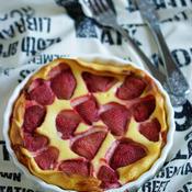クラフティ風の苺のチーズケーキ♪