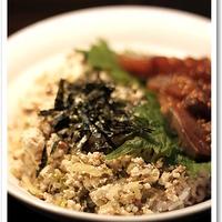 追いがつおつゆでさっぱりヘルシーな豆腐と漬けの二色丼