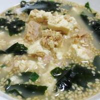 焙煎ごまスープ<崩し豆腐とツナの炒め添え>