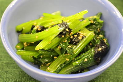 365日レシピNo.301「小松菜の韓国風おひたし」