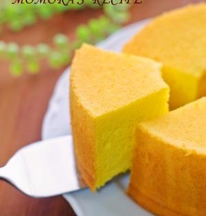 ホットケーキミックスHMで簡単お菓子♡ふわふわシットリかぼちゃのシフォンケーキ♪ハロウィンにも