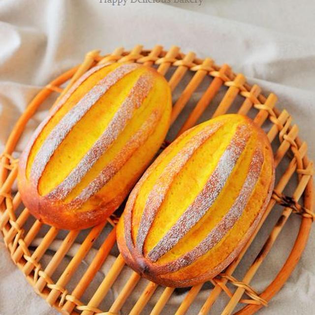 秋だからほんのり甘いかぼちゃパン♪