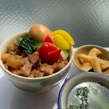 ルーローハン(魯肉飯)タケノコ入り&チンゲン菜スープ