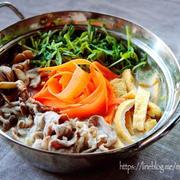 ♡簡単・時短・節約♡豚肉と豆苗の豆乳味噌鍋♡【#10分#ヘルシー】