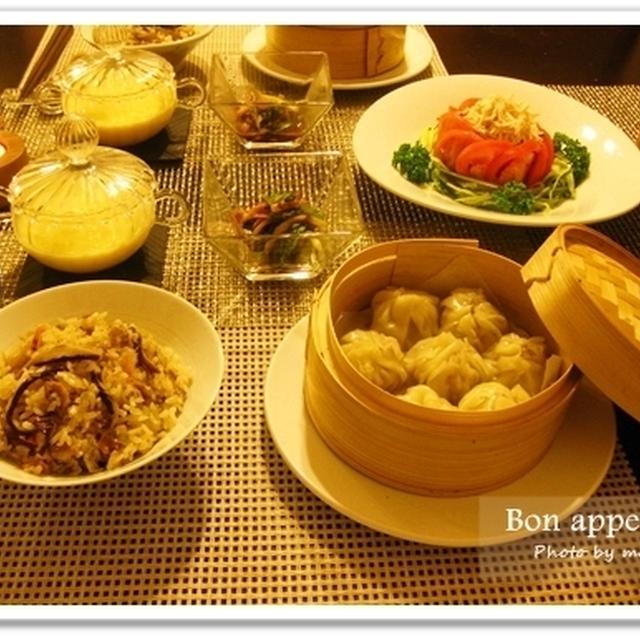 中華の夕食~お手軽小龍包、豚角煮入り中華おこわ、棒棒鶏、中華風コーンスープ他