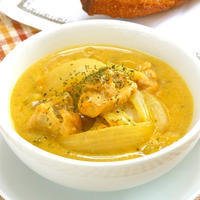 鶏肉とタマネギだけ〜秋の簡単お家バルはサフラン香る鶏もも肉の豆乳スープ煮。