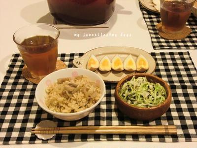 鶏肉の炊き込みごはんと煮玉子で晩ごはん&簡単ワンプレート朝ごはん
