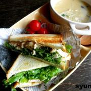 【簡単!!カフェごはん】鶏胸肉とレタスのゆずこしょうマヨサンドイッチ
