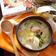 鍋具材でお洒落スープ♪鱈と白菜のクリームチャウダー