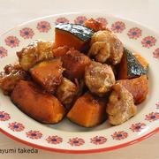 お弁当にも晩ごはんにも使えるヤミツキおかず【豚こまだんごとかぼちゃの甘辛炒め】
