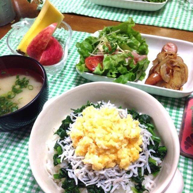 ほうれん草としらすご飯de鉄分&カルシウムたっぷり朝ごはん♡…ストレッチとマッサージ