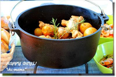 アウトドア料理★ベイクドポテト&チキン(ダッチオーブンレシピ)