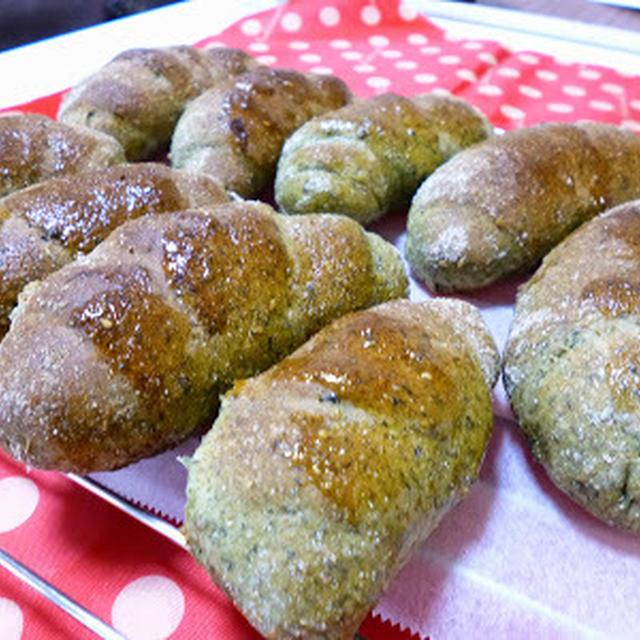 【パン】ほうれん草ごまバターロール♪