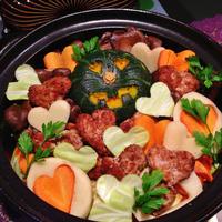 ハートなハロウィントマト肉団子鍋