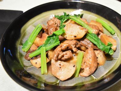 里芋の黒胡椒煮。ポルチーニを使ってワインに合う煮物のレシピ。