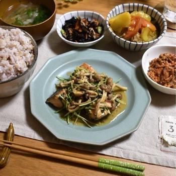 【レシピ】旬の鮭で豆苗も美味しく食べよう✳︎鮭の豆苗マスタードソース✳︎野菜の大切さ。