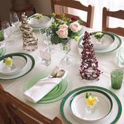 クリスマスレッスンのテーブルとヘーゼルアトラス社のウランガラス。