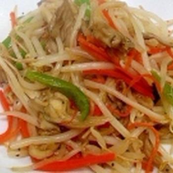 簡単に美味しくヘルシーに舞茸と野菜炒め