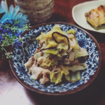 簡単☆白菜と豚しゃぶしゃぶ肉で☆塩昆布蒸し煮