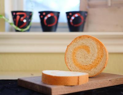 ハロウィン仕様🎃くるくるかわいい、うずまきメッシュパン