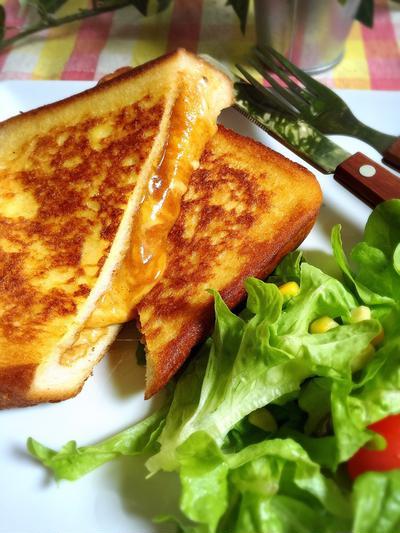 チーズカレーのフレンチトースト
