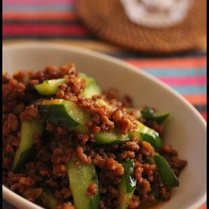 実は美味しい!きゅうりを使った夏の炒め物レシピ
