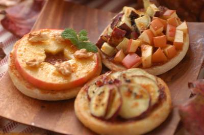 「林檎と薩摩芋の蜂蜜味噌トースト」