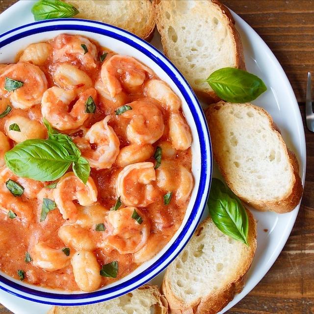 【レシピ】海老とニョッキの濃厚トマトクリームパスタ