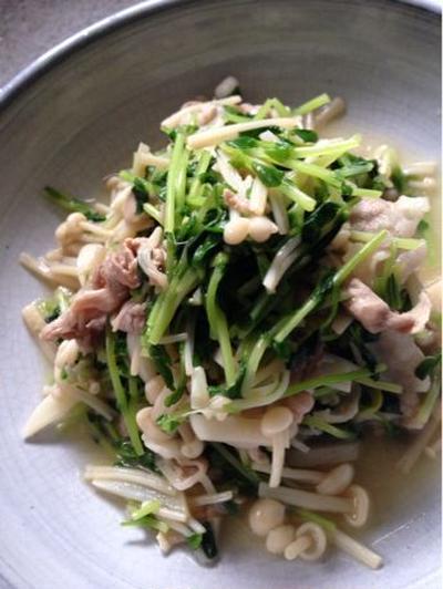 豆苗とえのき、豚肉にんにく炒め。