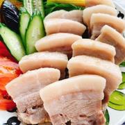 塩豚でしっとり蒸し豚ポッサム風(動画レシピ)/Steamed pork made with salted pork.