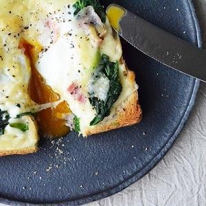 週末ブランチに食べたい♪簡単&カフェ風「ごちそうトースト」3選