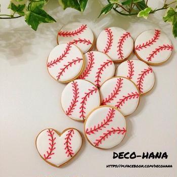 野球ボールのアイシングクッキーwith隠れハート⚾️
