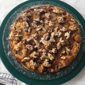 フライパンで焼く林檎ケーキ 胡桃添え