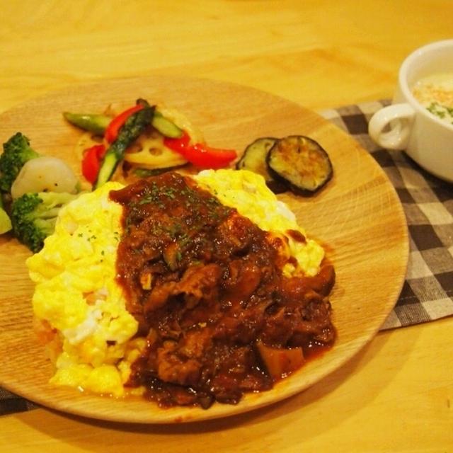 昨日の夕飯。ハッシュドソースオムライス