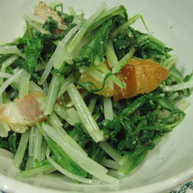 水菜とベーコンのからしマヨサラダ