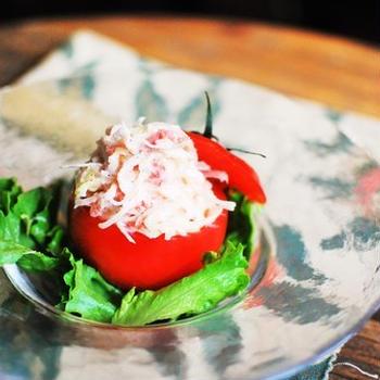 蟹とトマトの丸ごとサラダ