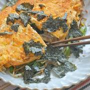 簡単おつまみおかず!一皿でお肉と卵と野菜もたっぷり〜小松菜と豚肉の和風卵焼き。