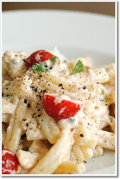 リコッタチーズとアンチョビ、ツナのペーストの冷製カサレッチェ