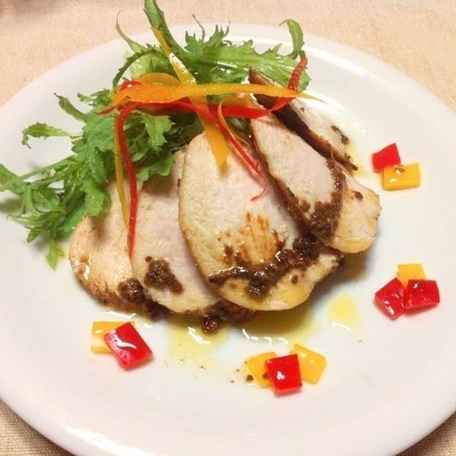 鶏胸肉のしっとり塩麹ソテー