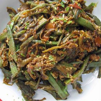 「ビンディ・マサラ」~オクラを使ったインド料理の決定版の1つ