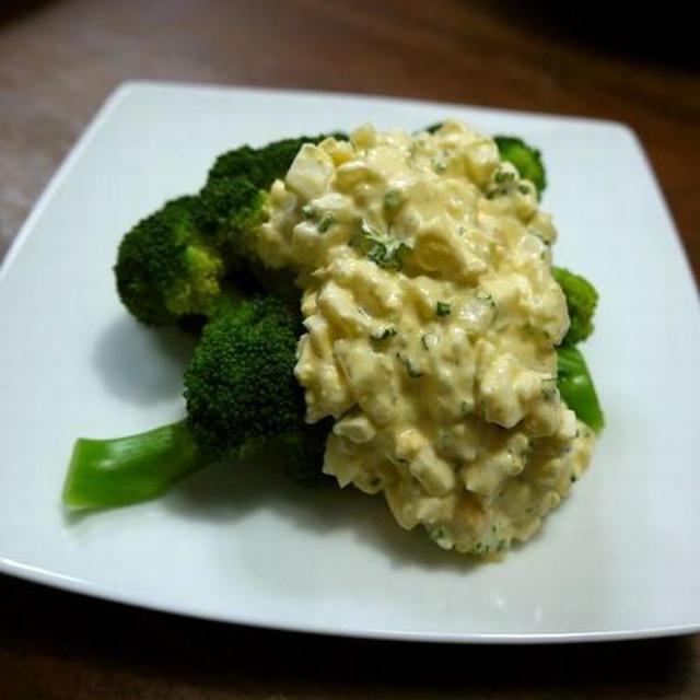 【簡単レシピ】ブロッコリーのタルタルソースがけ♪